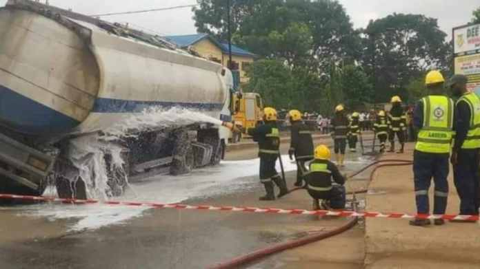 Petrol Tanker Falls In Onitsha, Residents Flee