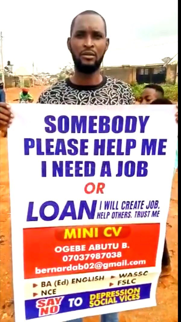 455d9cfc 7c6a 4aa3 b8d5 bdda07a78981 - Determined job seeker storms Abuja streets with protest banner [Video]