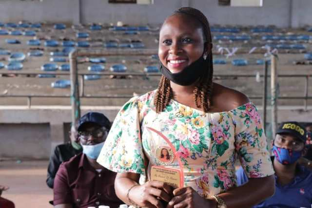 abia 3 - PHOTONEWS: Abia govt presents award to 11-year-old sports commentator, popular presenter