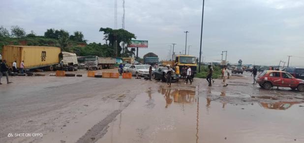 IMG 20201019 WA0012 - End SARS: Protesters block Lagos - Ibadan expressway [PHOTOS]