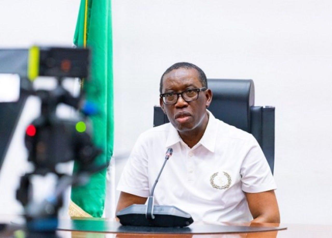 Gov. Okowa dissolves cabinet, sack aides