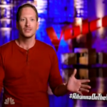 Barrett Baber vs Blind Joe on The Voice 2015 Season 9 Knockout Round 1 (VIDEO)