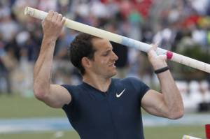 Renaud Lavillenie back from indoor injury.
