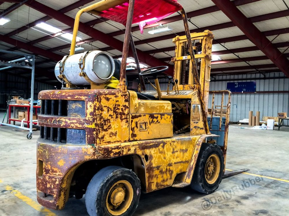 Patina Caterpillar Forklift