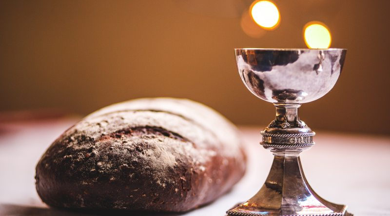 Maundy Thursday: What is it and How can I Observe it From Home?