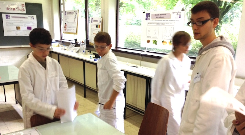 A l'Expérimentarium de chimie (ULB), août 2014.