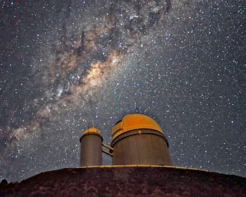 L'instrument Harps équipe le télescope de 3,6m de diamètre de l'ESO installé à l'observatoire de La Silla, le premier observatoire de l'ESO installé au Chili. © Serge Brunier/ESO