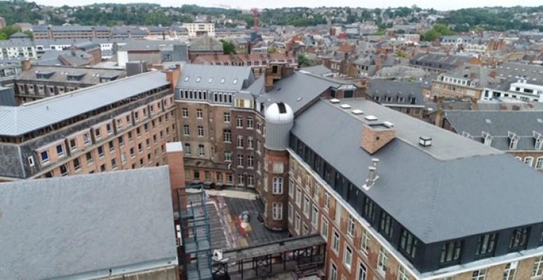 L'Observatoire est situé à hauteur des toits de l'Université