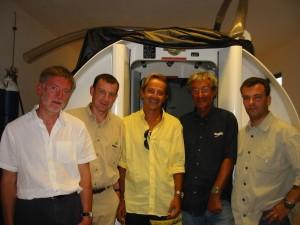 Caisson au Cap Vert (A droite le Dr Guy Vandenhoven)