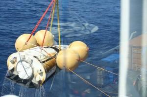 Récupération de l'IXV dans l'Océan Pacifique, le 11 février 2015, après son vol suborbital. © ESA/Tommaso Javidi