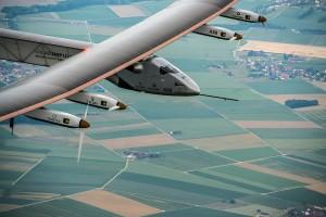 Premier vol du Solar Impulse 2