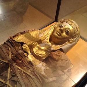 Momie avec masque doré, époque romaine, seconde moitié du 1er siècle ap J.-C.