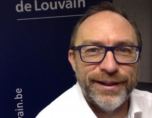 Jimmy Wales, cofondateur de Wikipédia, Docteur honoris causa de l'UCL.