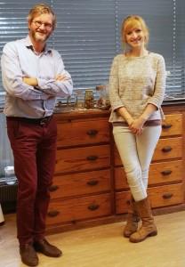 Le Pr Jean-François Rees (UCL) et Marie Grisard, étudiante bioingénieur.