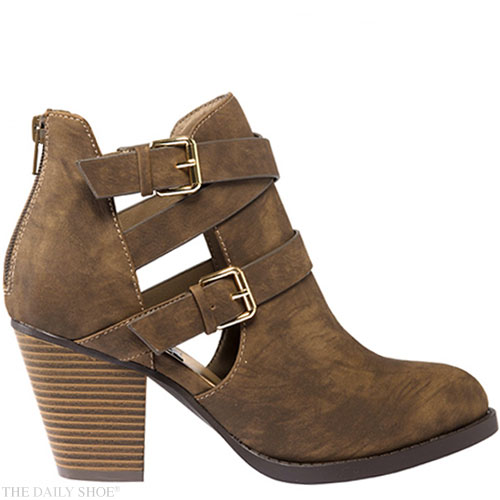 Shoe Giveaway - Monday's MADISON Lacey Choc Boot