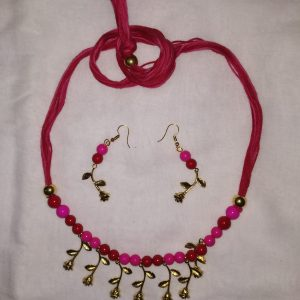 Shantiniketan Pink beaded Necklace