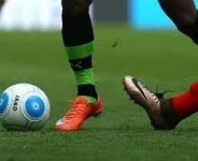 فٹ بال پریمیئر لیگ میں سنسنی خیز مقابلوں کا سلسلہ جاری ہے