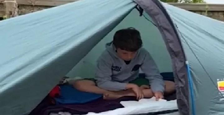 برطانیہ میں 10 سالہ لڑکے کا لوگوں کی جان بچانے کے لیے انوکھا طریقہ