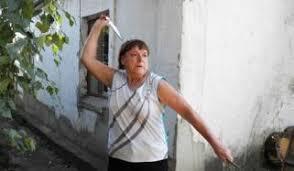 روسی خاتون نے چاقو بازی میں پولیس اور فوجی اہلکاروں کو بھی پیچھے چھوڑ دیا
