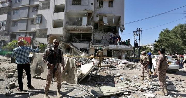 کراچی کے علاقے گلشن اقبال میں دھماکہ، 3 افراد جاں بحق، 25 زخمی