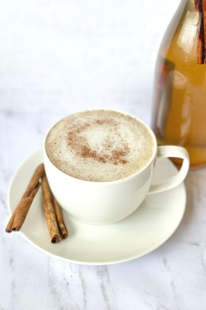 tea latte in tea cup