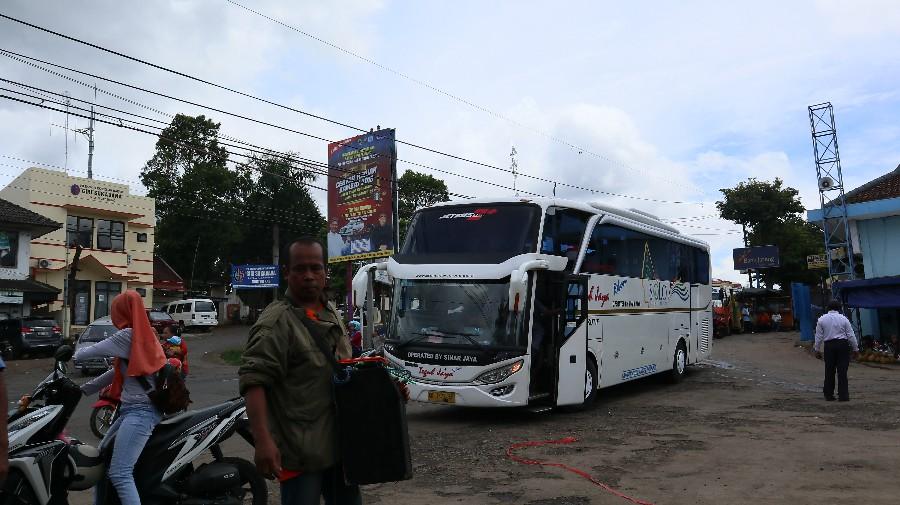 Jadwal Dan Nomor Kontak Agen Bus Sinar Jaya Pulogebang Catatan