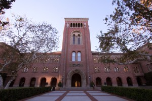 Monumental · Bovard Auditorium is one of the buildings that garnered historic status on Dec. 11. Other buildings with this honor include the Gwynn Wilson Student Union and the Doheny Memorial Library. Nick Entin | Daily Trojan