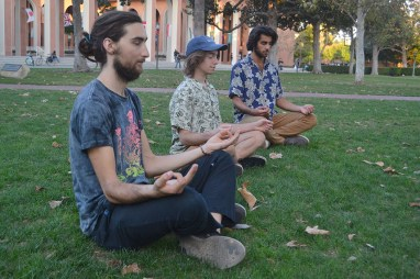 Lena Altaffer   Daily Trojan Peace out · Students engage in quiet meditation at Wednesday's event, which aimed to connect individual peace with world peace.