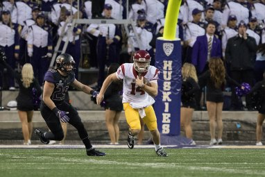 Nick Entin | Daily Trojan Cold-blooded leader · Redshirt freshman quarterback Sam Darnold did not back down from the Huskies' vaunted defense in Saturday's upset.