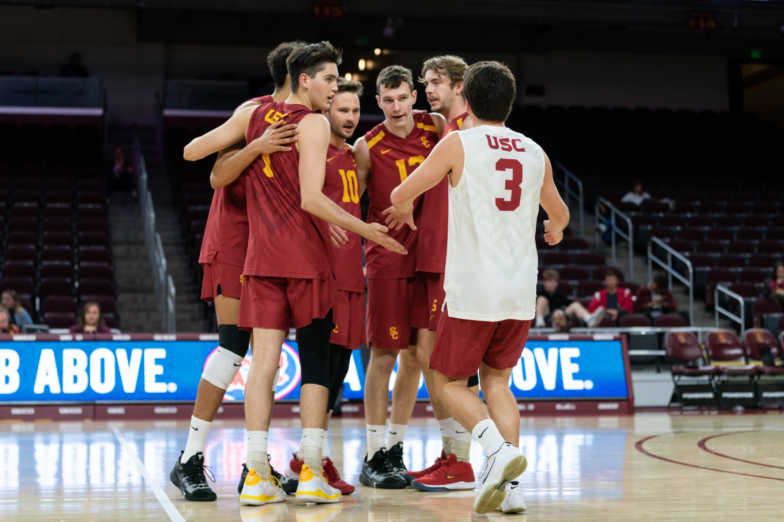 Men S Volleyball To Search For Win Against Stanford Daily Trojan