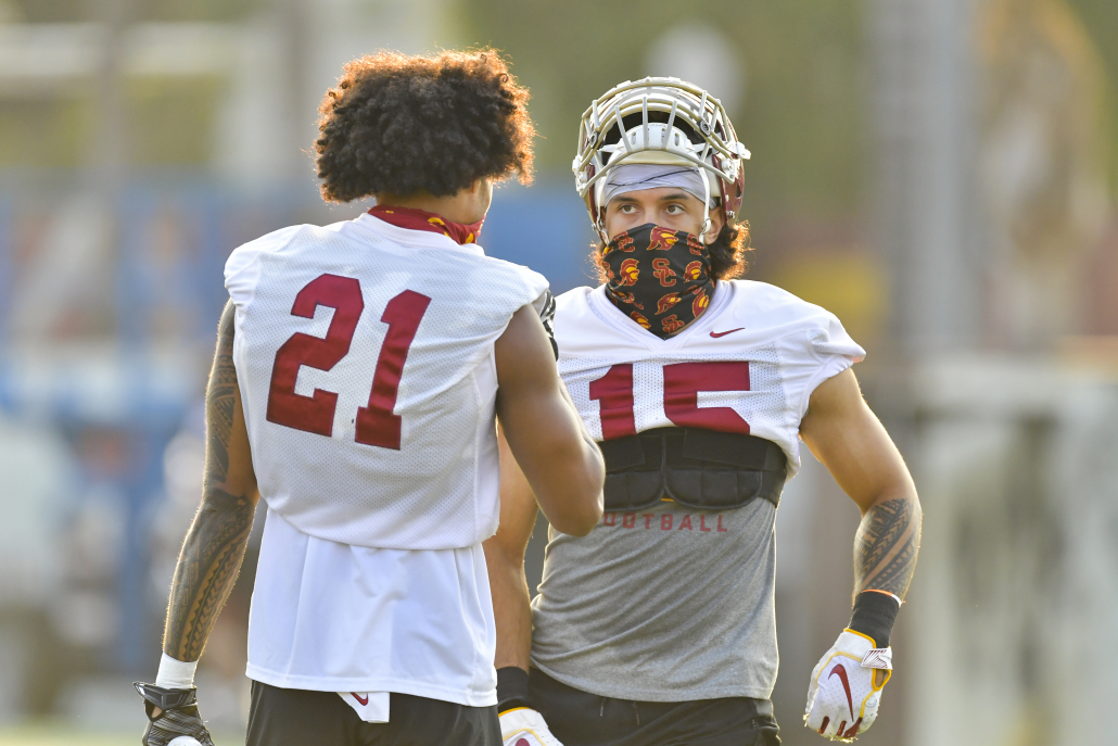 Usc Football Getting Through The Daily Grind Daily Trojan
