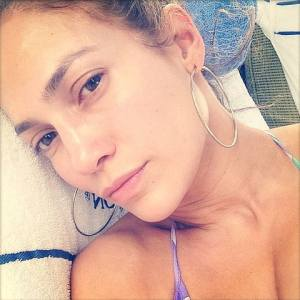 jennifer lopez makeup free