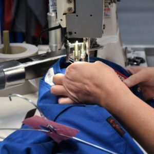 Dailywash, votre service de retouche pour un ourlet sur votre jupe doublée à la machine à Aix-en-Provence
