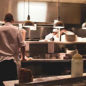 Optez pour Dailywash pour la location et l'entretien de linge professionnel pour votre restaurant