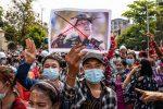 میانمار میں فوجی بغاوت کے خلاف احتجاج، ہلاکتیں 500 سے تجاوز کر گئیں
