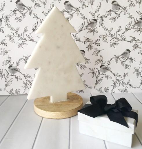 marble-christmas-tree