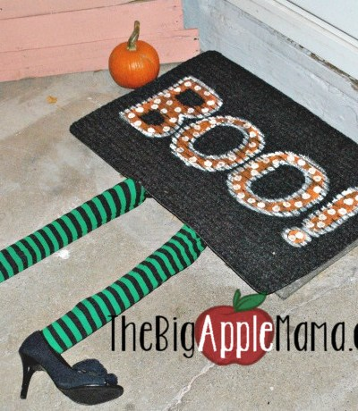 DIY Witch doormat rug to decorate your doorstep
