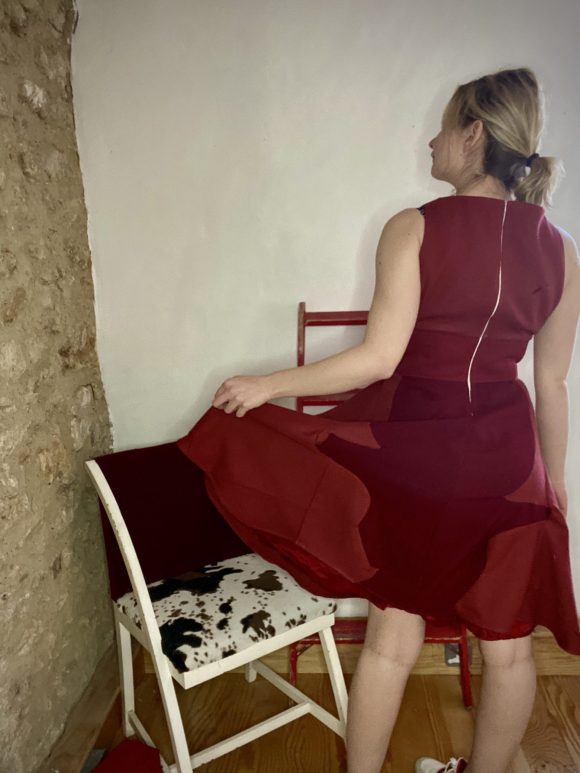 Burgundy 50s style dress in circle skirt in wool and jacquard wool and half corset.