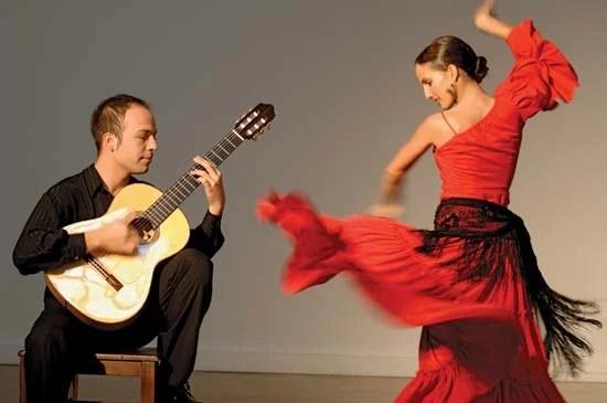 FLAMENCO DANCE CLASSES