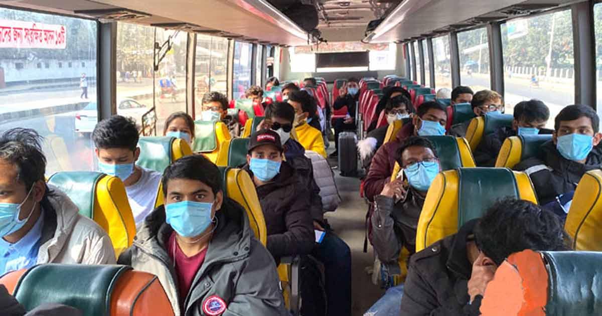 চীন থেকে ৩১২ বাংলাদেশি দেশে ফিরেছেন