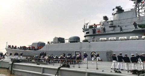 চীনে নির্মিত বাংলাদেশ নৌবাহিনীর নতুন দুটি যুদ্ধ জাহাজ দেশে এসেছে