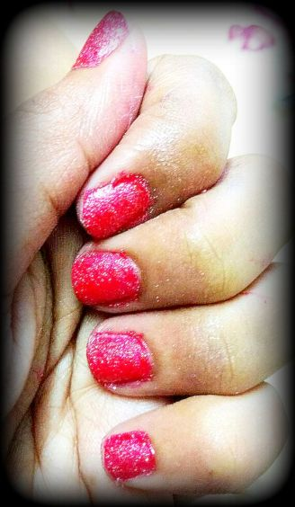 Red Glitter Nailart