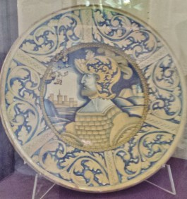Rouen Antiquities Museum Deruta Plate with Soldier