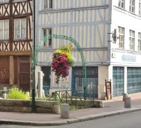 Rue Eau de Robec Entrance