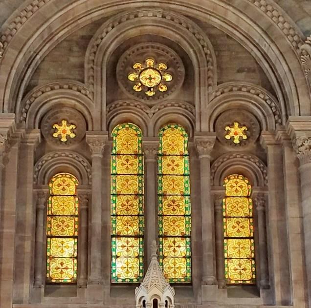 Eglise Temple Neuf Windows Behind Altar