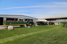 Lots of families enjoyed touring the 2016 Breakfast's Family Farm!
