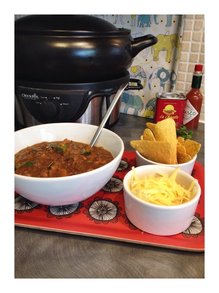 Slow cooker BBQ mince with beans