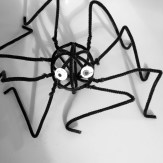 Spider Sculpture - encouraging kids to get arty this Halloween with some modern art sculptures made from pipe cleaners, halloween activities for kids