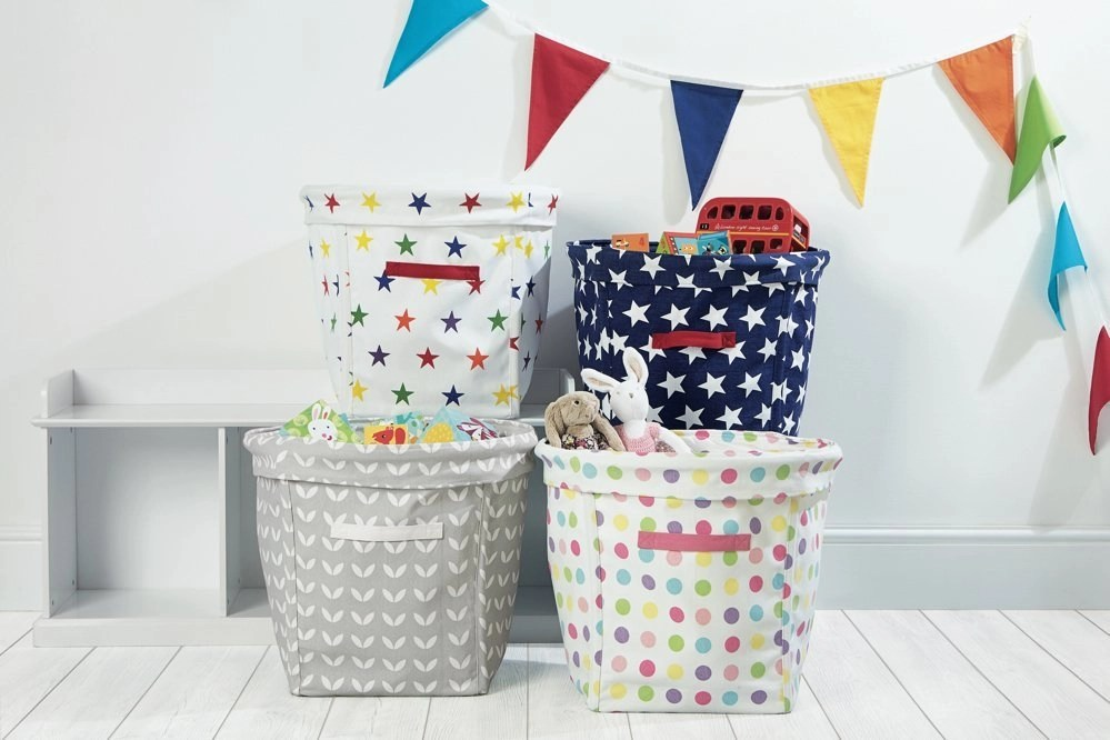 Quick homekeeping project: clutter basket