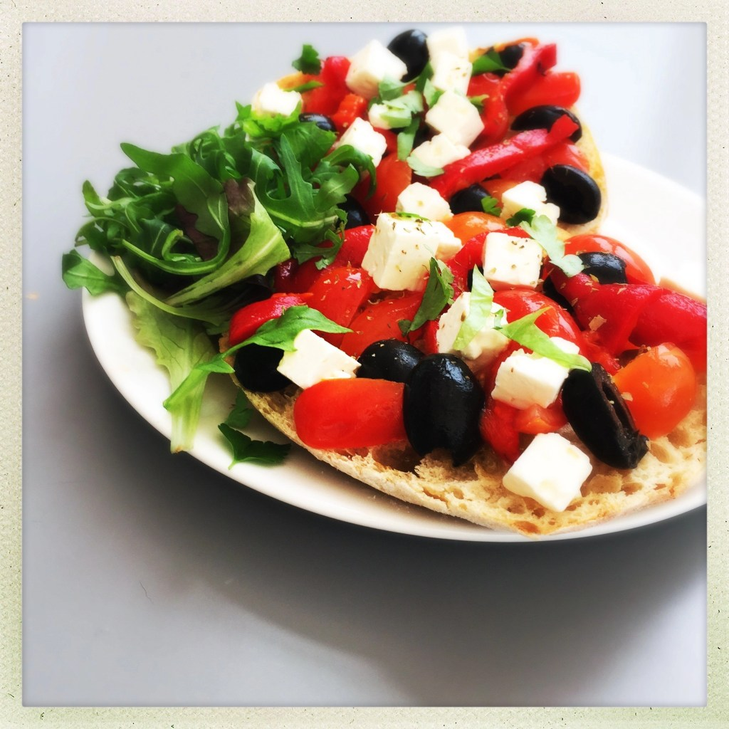 greek salad bruschetta, greek salad recipe, bruschetta recipe, greek bruschetta recipe, feta sandwich recipes, easy family food from daisies and pie